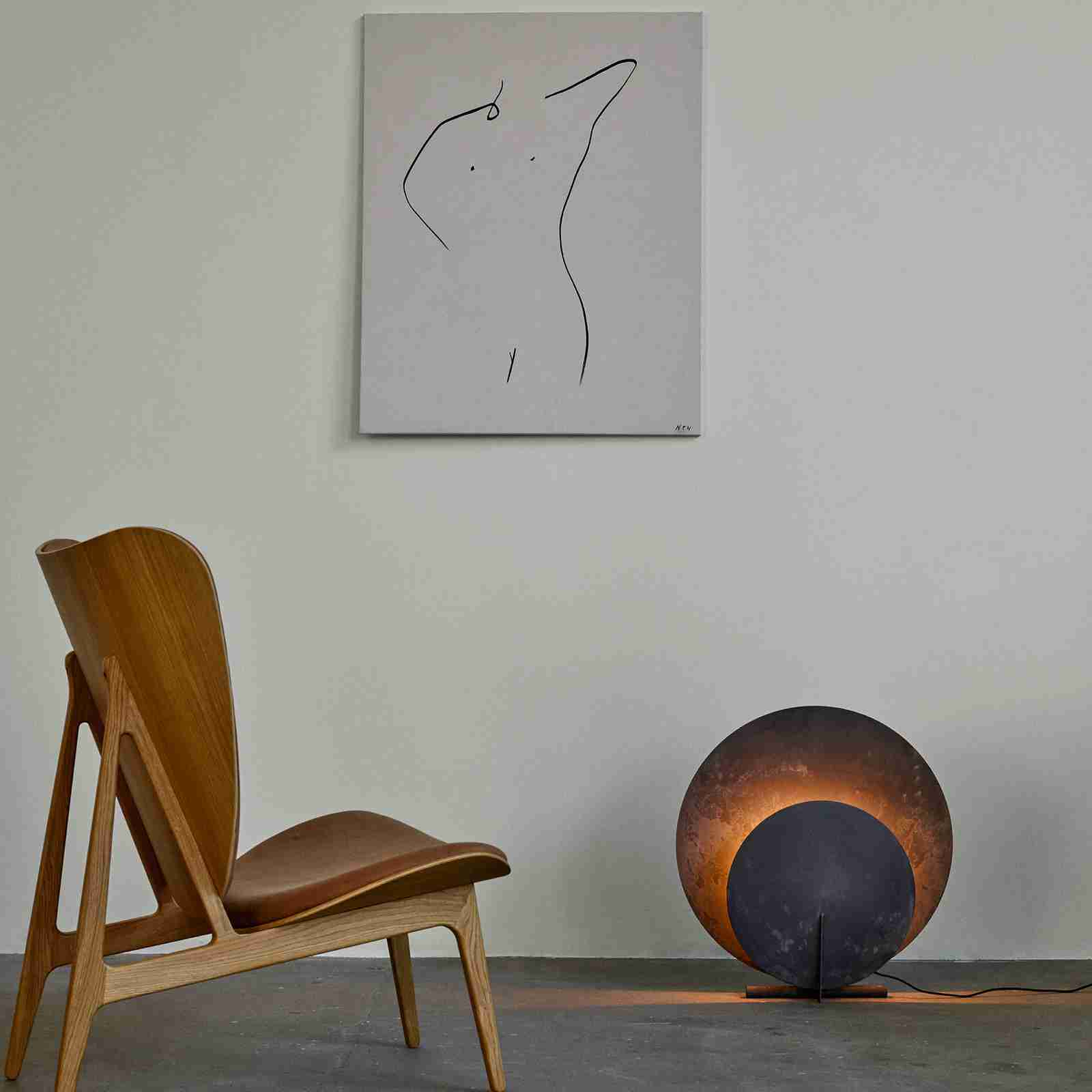 Elephant chair and AD floorlamp